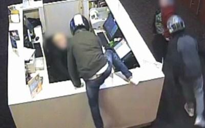 Cau un grup que robava amb violència en botigues de telefonia