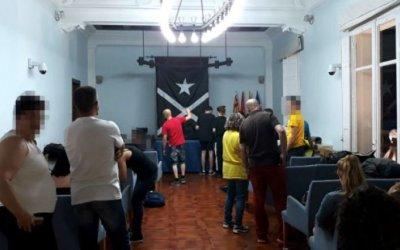 El CDR denuncia l'actuació violenta de la Policia Local durant l'ocupació de l'ajuntament de Cerdanyola