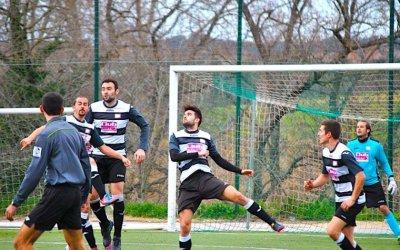 El Bellaterra FC aconsegueix un important empat i manté la posició davant del Sarrià (4-4)