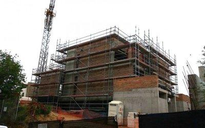 FOTODENÚNCIA: Nueva normativa de construcción para Bellaterra?