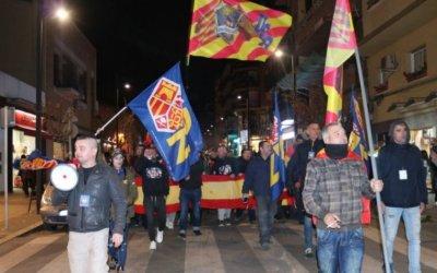 Unes 60 persones es concentren a una manifestació unionista a Ripollet