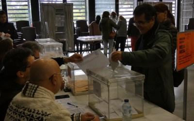 [FOTOS] Les eleccions del 10-N a Bellaterra en imatges