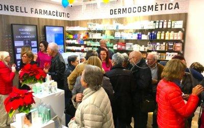 [FOTOS] Una gran inauguració per una gran farmàcia