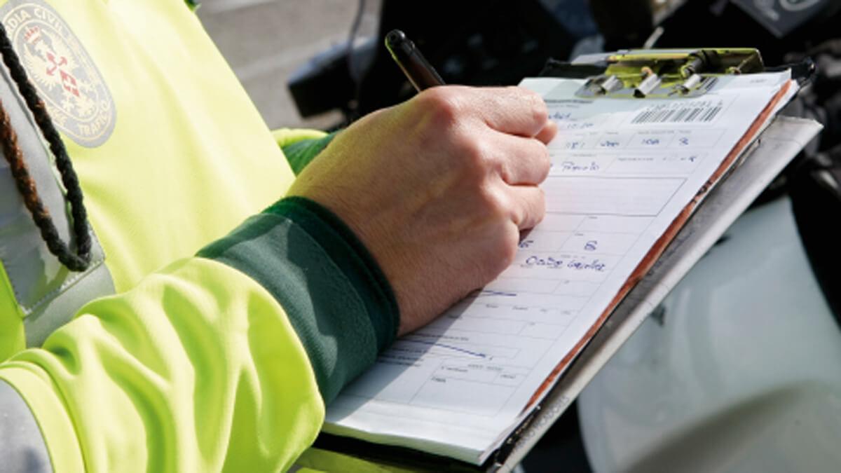 Imatge d'arxiu d'un control policial   PIXABAY