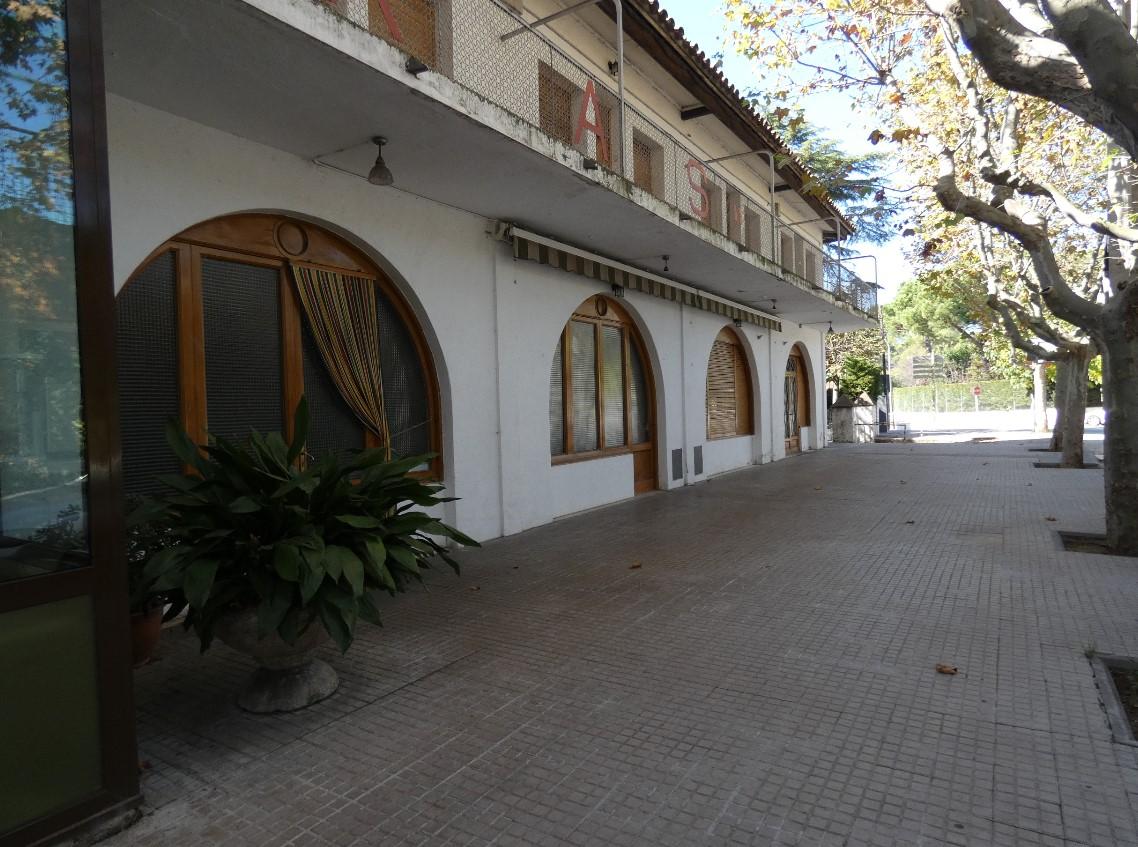 Terrassa de l'Hostal Sant Pancraç, buida | Redacció