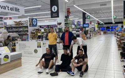 Cedeixen un supermercat de Sant Cugat al youtuber Ibai Llanos perquè hi jugui a fet i amagar