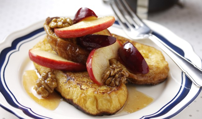 Caramelised Pink Lady Apple and Plum Pain Perdu with Walnuts 2