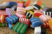 Mosaïques carrées très colorées 8x8mm