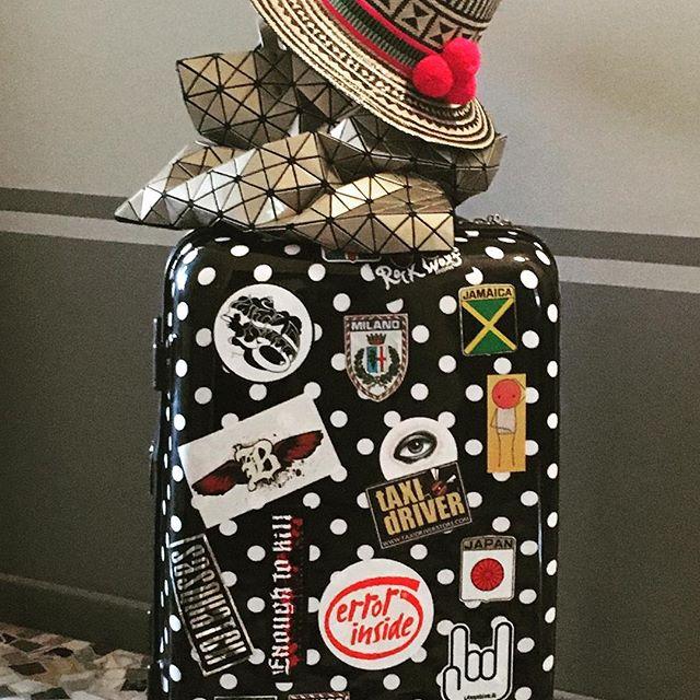Viaggio con valigia