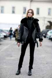 04 Chic All Black Outfit