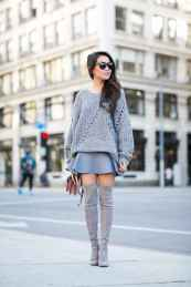 11 Amazing Outfit Ideas for Wearing Oversized Sweaters