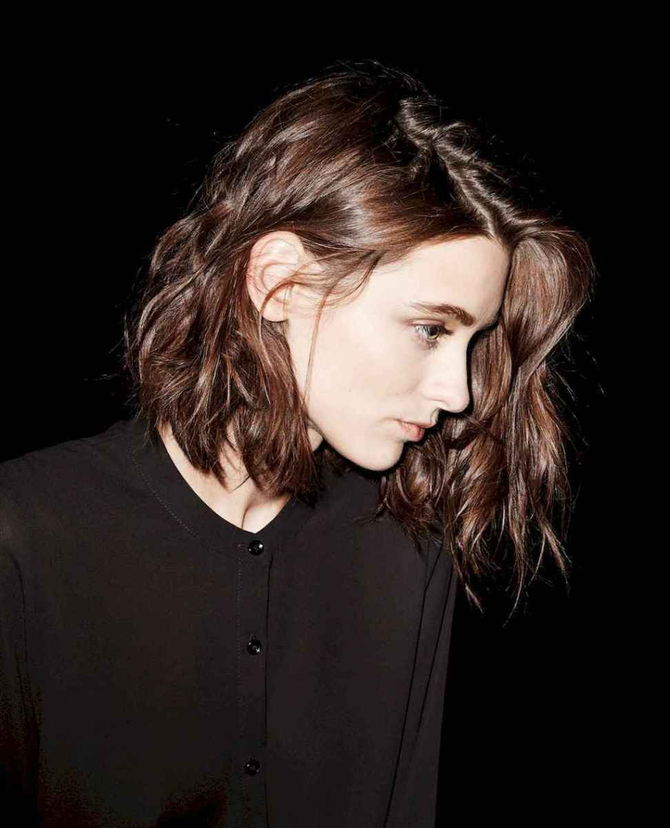 14 Messy Short Hair for Pretty Girls