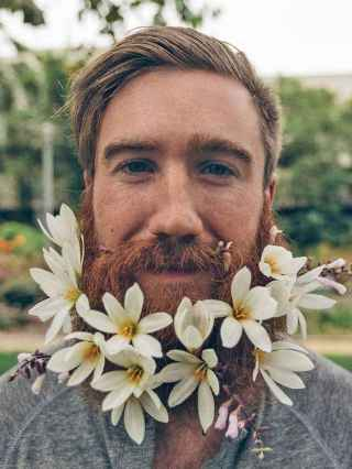 14 Most Elaborate Flower Beard Ideas