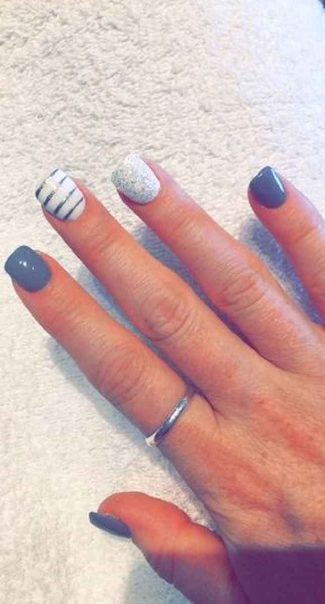 16 Easy Winter Nail Art Ideas