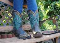 17 Best Vintage Boots For Women