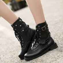 22 Best Vintage Boots For Women