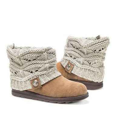 29 Best Vintage Boots For Women