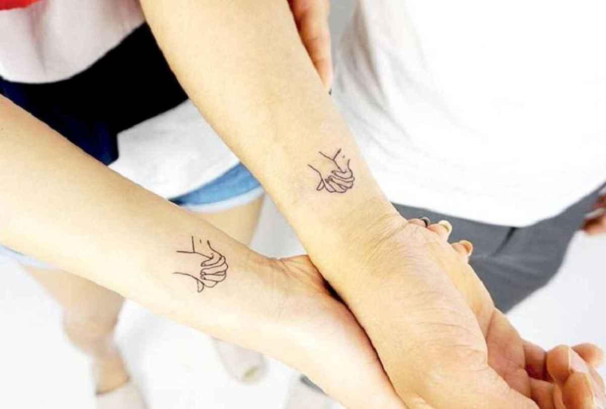 36 Creative Couple Tattoos That Celebrate Love's Eternal Bond