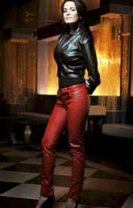 57 Cool Girls WaysTo Wear Leather Legging