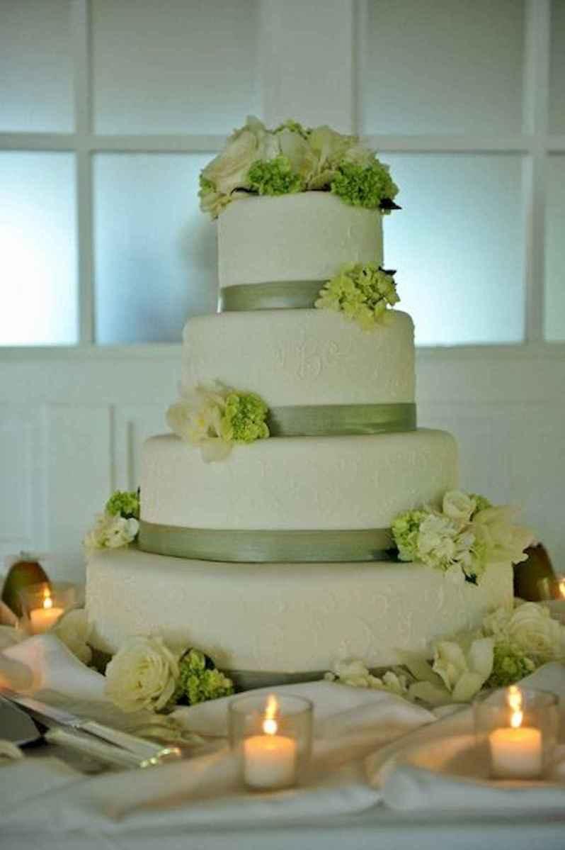 01 Green Wedding Cake Inspiration with Classy Design