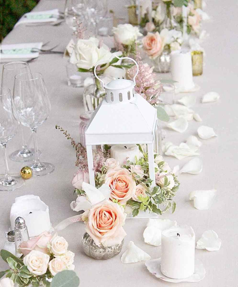 02 Romantic White Flower Centerpiece Decor Ideas