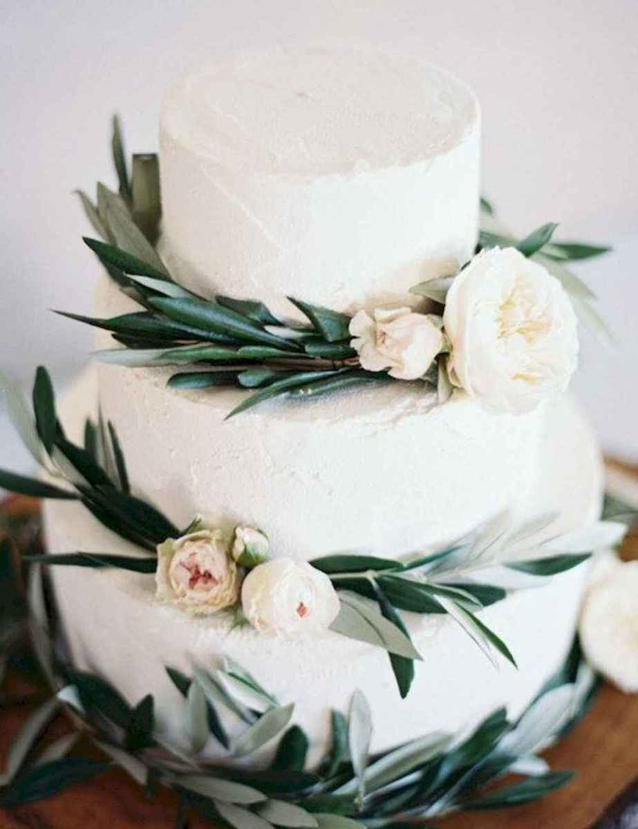 03 Green Wedding Cake Inspiration with Classy Design