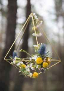 05 Rustic Wedding Suspended Flowers Decor Ideas