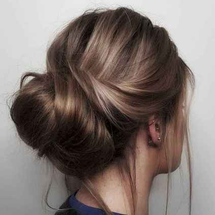 12 Cute and Easy Messy Bun Hairstyle for Summer