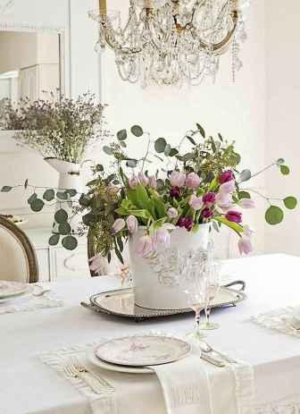 12 Romantic White Flower Centerpiece Decor Ideas