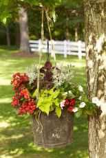 14 Rustic Wedding Suspended Flowers Decor Ideas