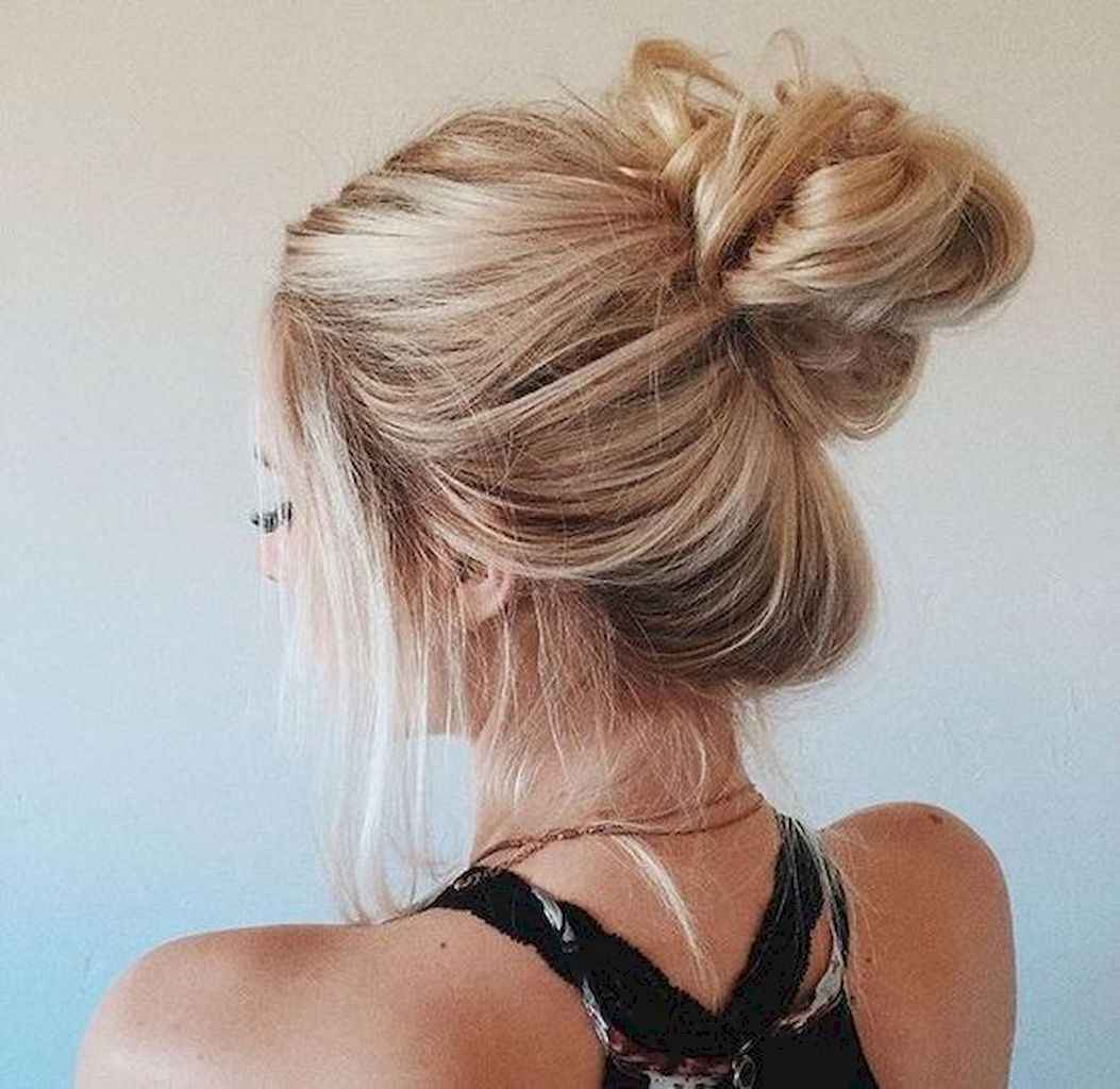 15 Cute and Easy Messy Bun Hairstyle for Summer
