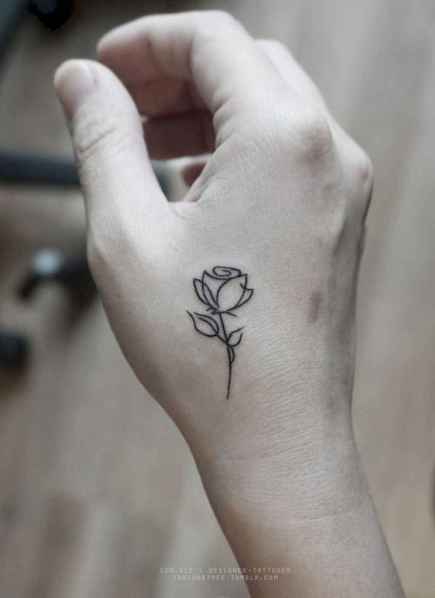 33 Cute and Tiny Tulip Tattoos Art Ideas for Women