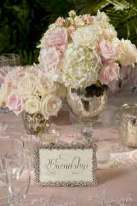 33 Romantic White Flower Centerpiece Decor Ideas