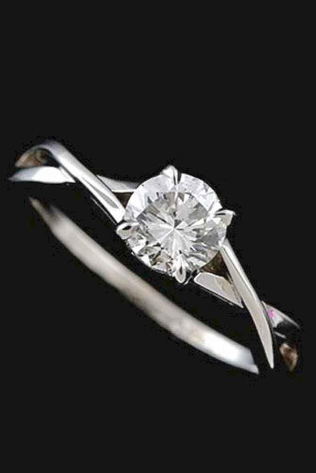 35 Simple Engangement Ring for Every Kind Women