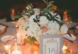 41 Romantic White Flower Centerpiece Decor Ideas