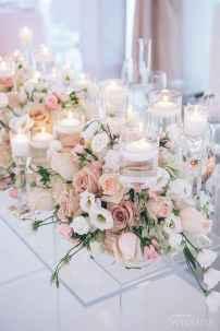 45 Romantic White Flower Centerpiece Decor Ideas