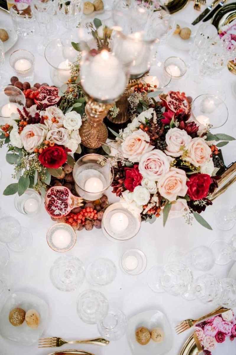 51 Romantic White Flower Centerpiece Decor Ideas