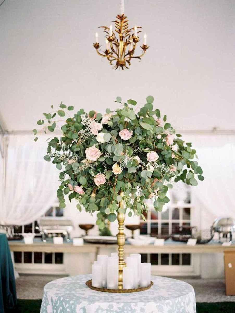 66 Romantic White Flower Centerpiece Decor Ideas