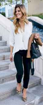 10 Elegant Work Outfits with Flats Every Woman Should Own