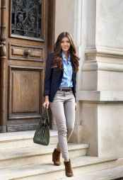 17 Elegant Work Outfits Every Woman Should Own
