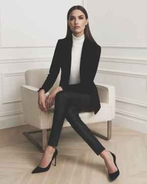 20 Elegant Work Outfits Every Woman Should Own