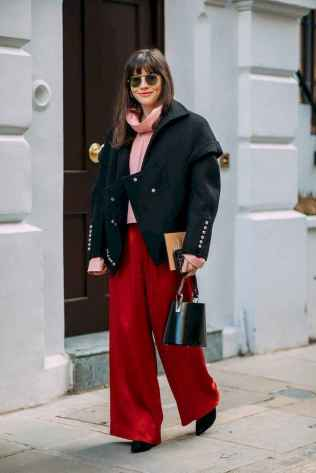 26 Cool Way to Wear Street Style for Women