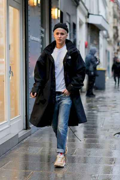 26 Men's Street Style Outfits For Cool Guys