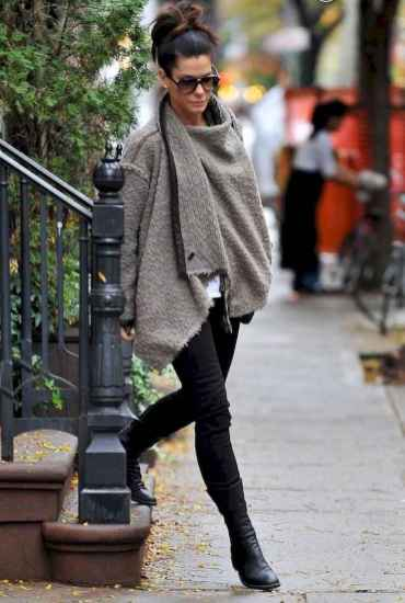 28 Trending Winter Outfits Oversized Poncho Outfit Ideas