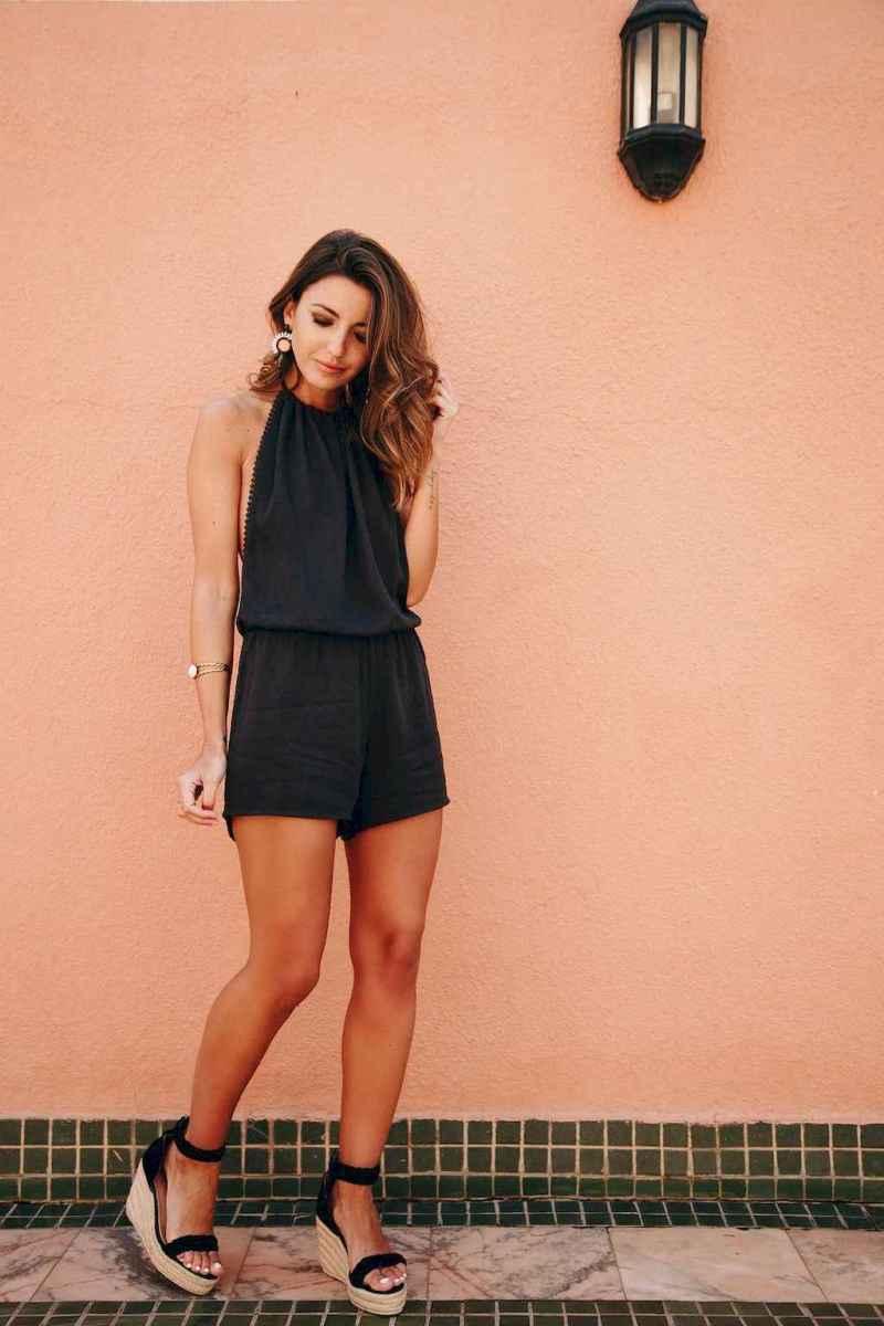 02 Beautiful Casual Dress Ideas for Women