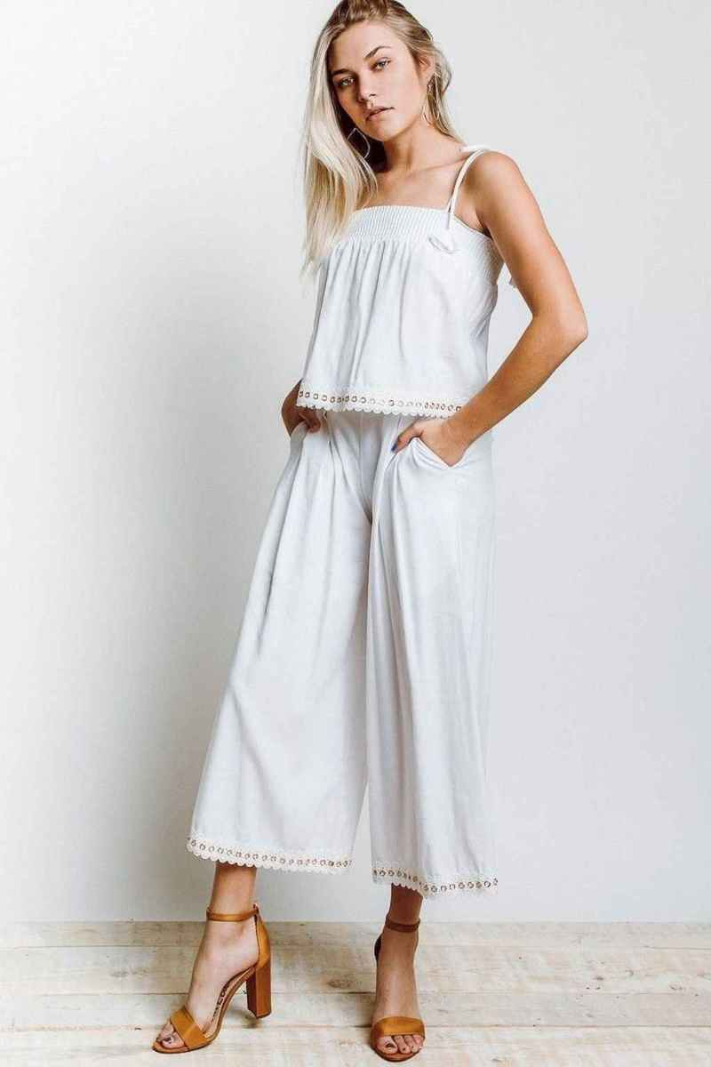 03 Summer White Linen Pants Outfit for Women