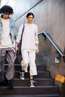 05 Elegant Beige Linen Pants Outfit Ideas