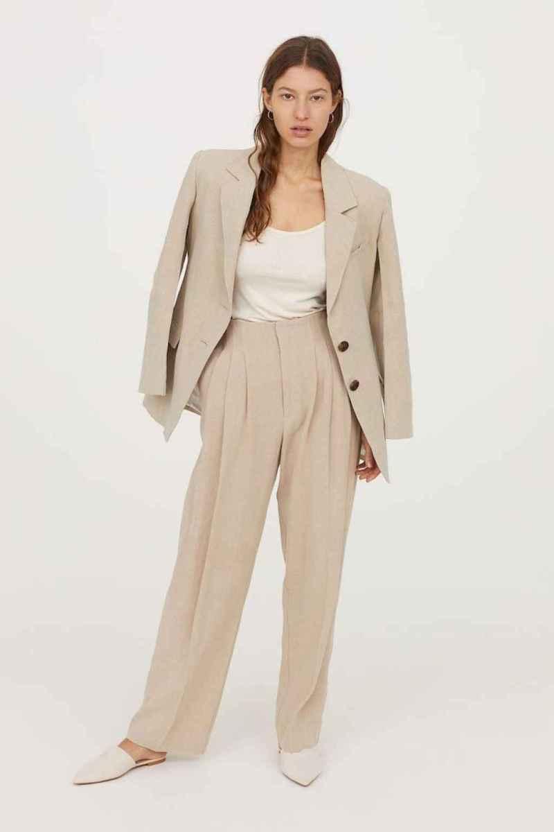 08 Elegant Beige Linen Pants Outfit Ideas