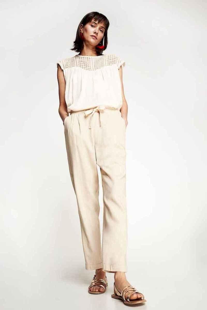 09 Elegant Beige Linen Pants Outfit Ideas