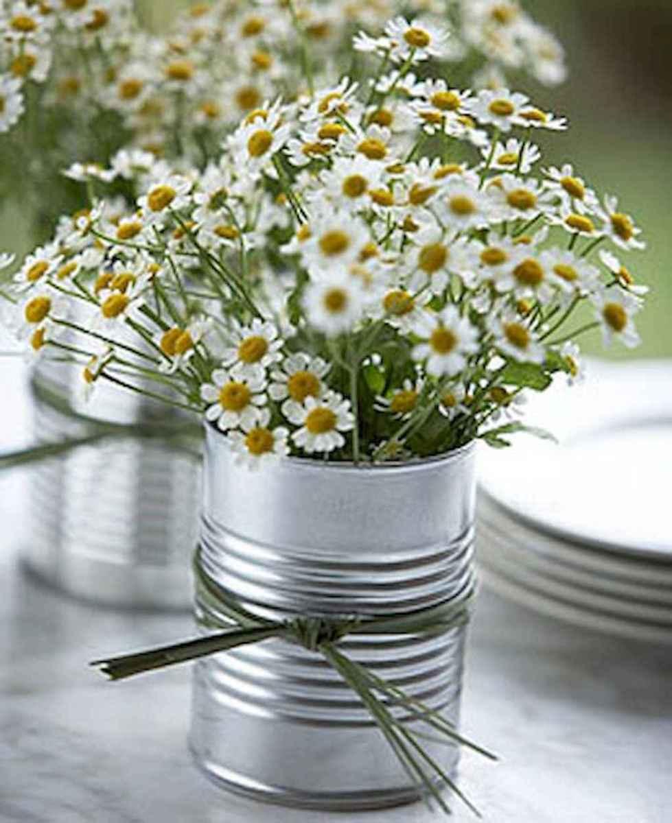 09 Simple and Easy Wedding Centerpiece Ideas